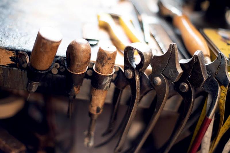 http://Werkzeug%20für%20handgefertigte%20Maßschuhe%20in%20München